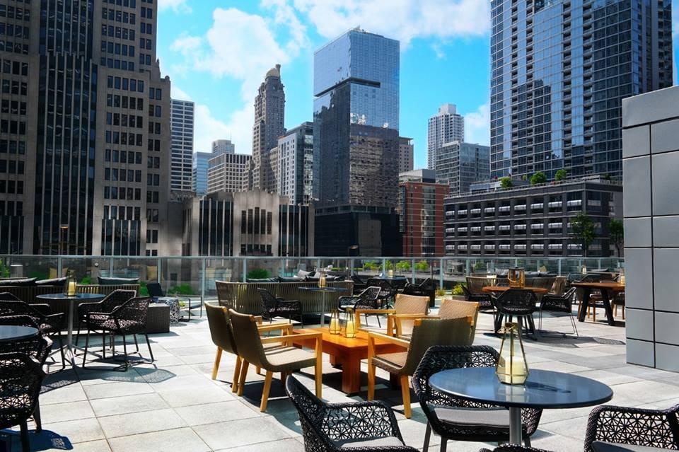 lugares para comer en chicago por la noche