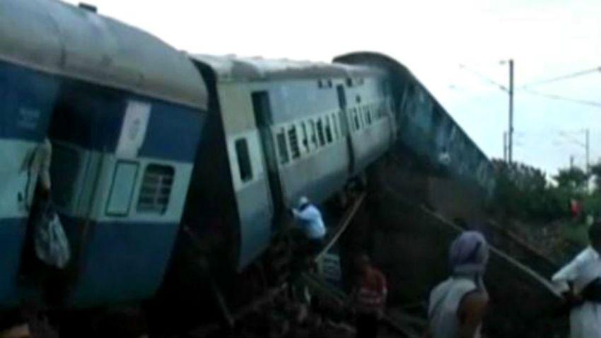 TLMD-india-trenes-descarrillados