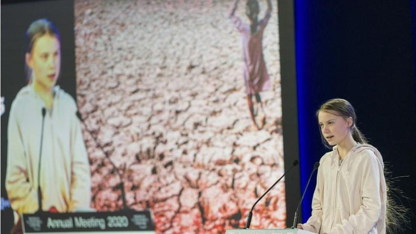 La activista climática sueca Greta Thunberg habla durante la 50ª reunión anual del Foro Económico Mundial (FEM) en Davos, Suiza, el 21 de enero de 2020.