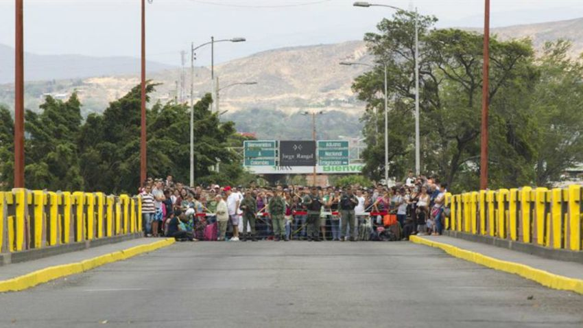 TLMD-venezuela-frontera-colombia-deportacion-de-colombianos-EFE-635759773784059329w