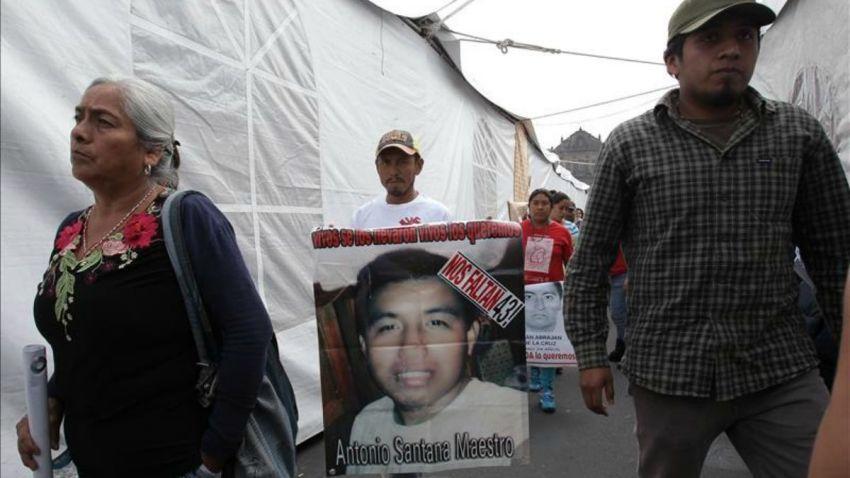 ayotzinapa-padres-desaparecidos