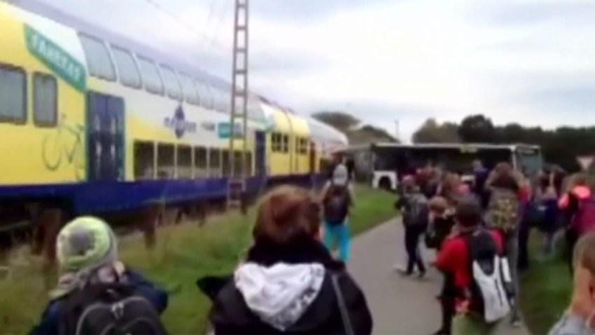 choque-tren-autobus-escolar