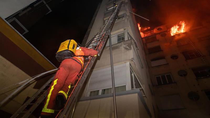 incendio-paris-edificio-intencional