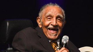 Joseph E. Lowery en la celebración de su cumpleaños 96.