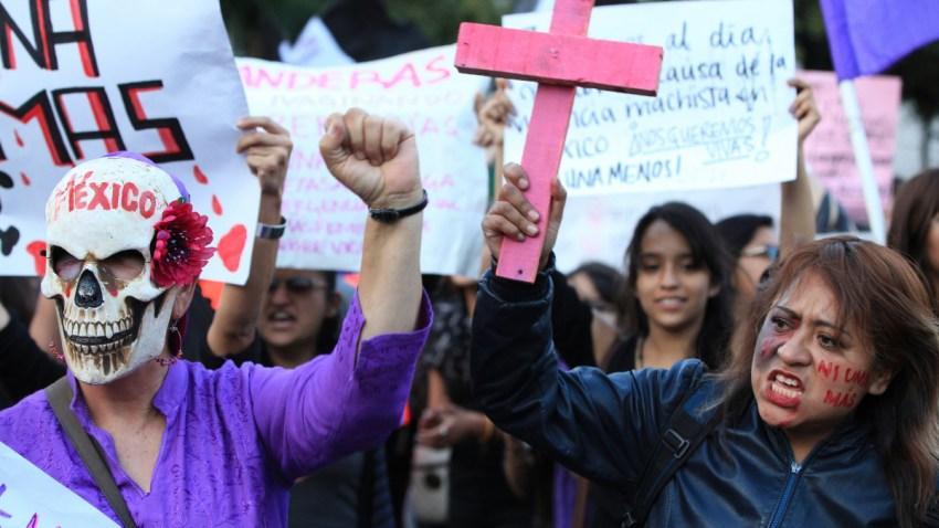 Mujeres protestan por violencia de género