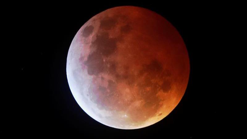 superluna-inglaterra-sangr-EFE-