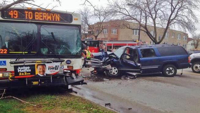 tlmd_choque_camioneta_autobus_cta_chicago