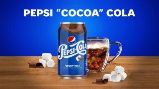 """Fotografía cedida por PepsiCo donde se aprecia una lata de la nueva Pepsi """"Cocoa"""" Cola que combina el sabor de la cola con el del cacao o chocolate líquido caliente y los malvaviscos, dos clásicos invernales."""