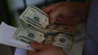 Envío de remesas a través de bancos del gobierno mexicano: lo que debes saber