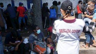 Brigadas médicas entre migrantes