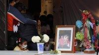 Rescatan cuerpo de niña que murió en deslave en México