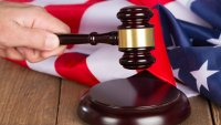 Las cortes de Inmigración están abrumadas con 1.5 millón de casos pendientes