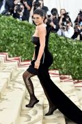 TLMD-kylie-jenner-mayo-07-2018-MET-gala-GettyImages-958396938