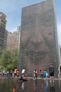 TLMDCrownFountain02