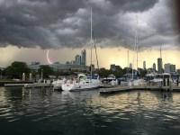 Así se manifestó la madre naturaleza en nuestra zona el sábado y el domingo tras el azote de un sistema de poderosas tormentas que causaron daños, suspensión en...