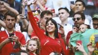 A pesar de ser española, Georgina Rodriguez lucía la camiseta de la selección portuguesa.