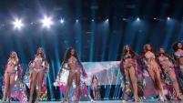 Así fue el esperado desfile en traje de baño de las diez finalistas de Miss Universo 2019.