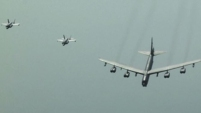 Cazas bombarderos y un B-52 sobrevolaron el Golfo Pérsico en medio de tensiones con Irán, que puso el grito en el cielo.