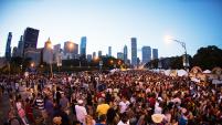 Una guía completa con los mejores festivales, conciertos y eventos al aire libre en diferentes vecindarios de Chicago.