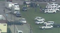 Tras el tiroteo en una secundaria en Santa Fe, Texas, y otra en Dixon, algunos residentes en Chicago dicen que están alarmados.