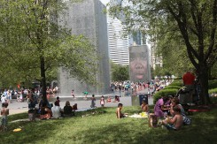 Crown Fountain: las mil caras que refrescan a Chicago