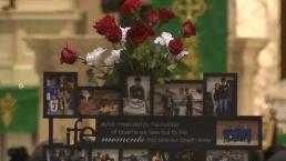 La familia se despide por última vez del joven baleado en La Villita