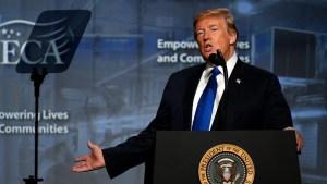 """Examen revela que Trump tiene alto el """"colesterol malo"""""""