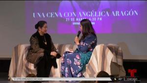 La actriz Angélica Aragón recibe galardón en Chicago