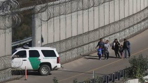 """Trump: crisis fronteriza con México es """"peor que Afganistán"""""""