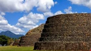 Pueblos mágicos: Tzintzuntzan, Michoacán
