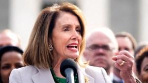 """Premio: Pelosi es la """"mujer más importante de la política"""""""