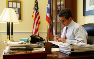 """Le ofrezco a Puerto Rico mi compromiso"""