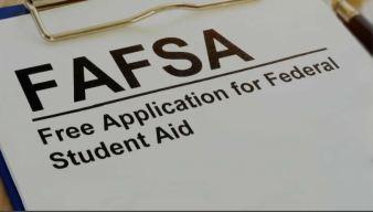 IL: brindará más ayuda a jóvenes para ir a la universidad