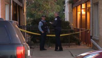 Policía: hombre mata a tiros a cinco vecinos en Chicago