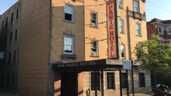 Fuego en hotel deja heridos y desplazados en Garfield Park
