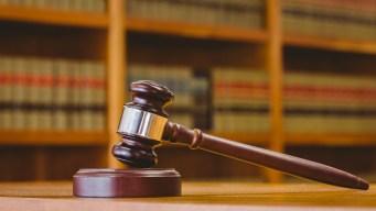 Ofrecen ayuda legal gratuita en el área de Chicago