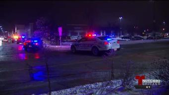 Hallan hombre muerto en estacionamiento de un Walmart en Waukegan