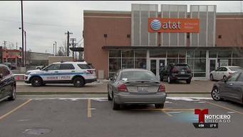En alerta Archer Heights tras asalto armado en tienda de celulares