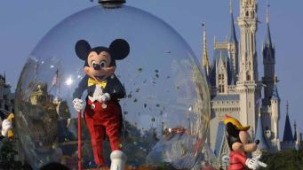 Disney ofrece pagarle los estudios a sus empleados