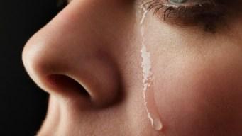 Hombre contrajo zika de lágrimas de su padre, según estudio