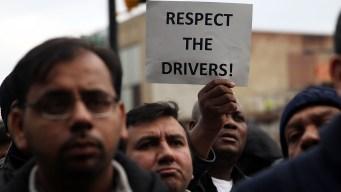Choferes de Uber y Lyft en Chicago se unen a huelga mundial