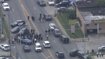 Dolton: policía resulta herido y buscan a sospechoso en fuga