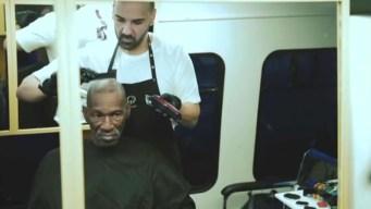 Barbero boricua ayuda a necesitados con barbería rodante