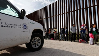 Cae cifra de detenciones en la frontera con México
