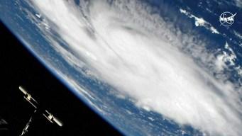 Video: el huracán Dorian, como nunca lo viste