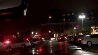Tiroteo en hospital de Elmhurst deja un muerto y una mujer herida