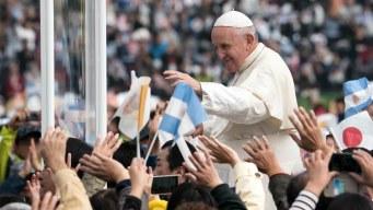 """El Papa en Hiroshima: """"tener armas atómicas es inmoral"""""""
