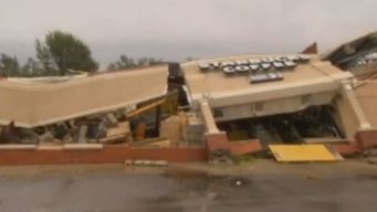 Meteorólogos reportan tornado destructivo en Indiana