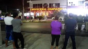Entran a los balazos en un bar en Playa del Carmen