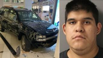 Acusado de terrorismo por incidente en Woodfield Mall